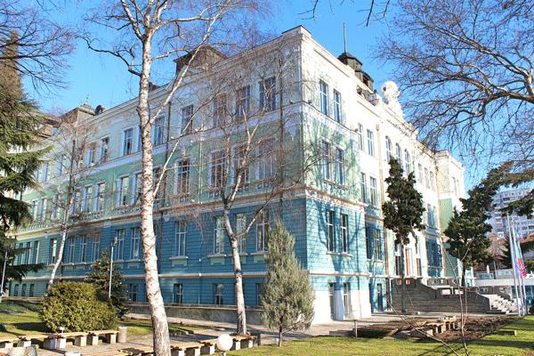 IU-Varna