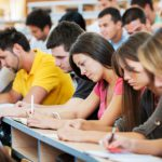"""Студенти от """"неприоритетни"""" специалности ще се срещат с Меглена Кунева"""