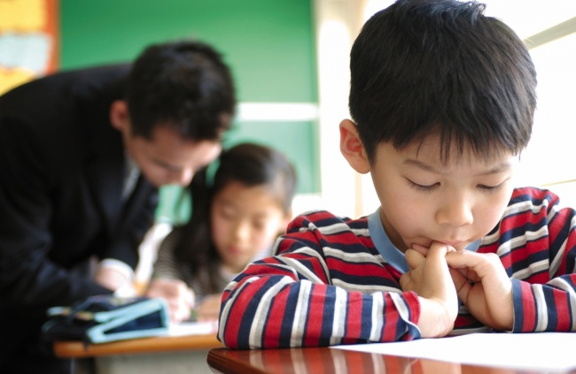 12806165-japanese-boy-in-class-1-1470382541-650-1a243fbd57-1470646272