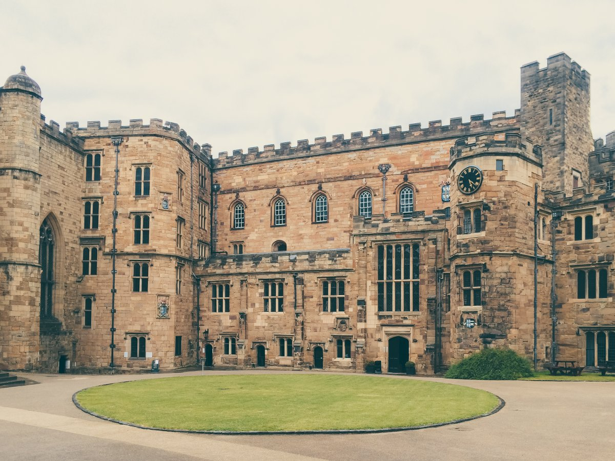 6-many-of-durham-universitys-gorgeous-campus-buildings-date-back-to-the-11th-century