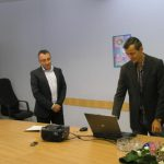 Репортер на БНТ генерира изпитния вариант за матурата по български език и литература