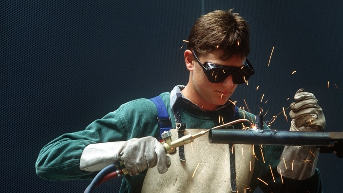 azubi welding visual stage