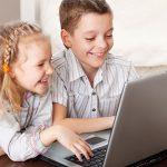 Български учители ще преподават онлайн на българчета в чужбина