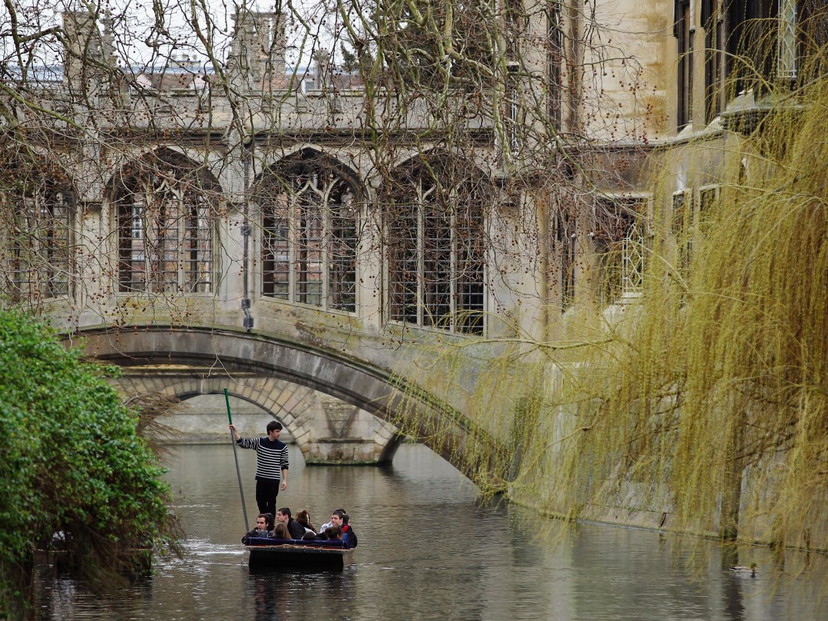 t14-cambridge-university-and-judge-business-school-uk--82000