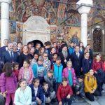 Министър Вълчев награди успешни директори на училища