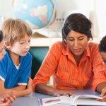 """Чуждоезиково обучение – """"нейтив спикър"""" или """"обикновен"""" учител?"""