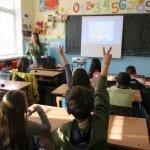 Увеличават се ученическите стипендии