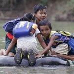 Най-приключенските и опасни пътища за училище в света