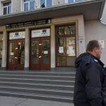 Сигнал за бомба евакуира Френската гимназия в София