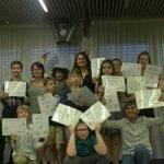 Езиков лагер за децата и клиника за отслабване на родителите в едно