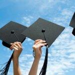 Една трета от младите хора у нас имат висше образование