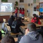 Онлайн медиите формират негативно отношение спрямо българските учители