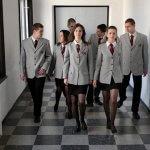 15 старозагорски училища избраха униформите пред дънките