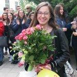 """Френската гимназия: """"Лора, гордеем се с теб"""" (видео)"""