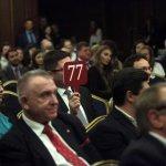 PwC събра на благотворителен търг 66 хил. лв. за български студенти