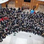 Българи получиха дипломите си от световен топ университет
