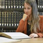 Стипендии за международни програми по право