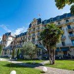 Стипендии за обучение в швейцарски колежи по хотелски мениджмънт и туризъм