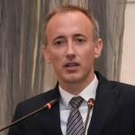 Министърът с коментар за анкетата за полова принадлежност на децата
