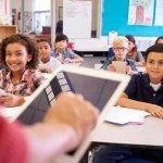 В час ли са учителите с вниманието на разсеяното поколение?