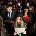 87% от младите хора у нас виждат бъдещето си в България