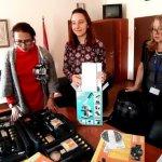 Ученички от СМГ дариха микроскопи на три училища