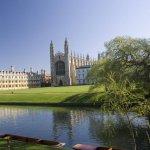 Кандидат-студентите избират инженерни специалности в чужбина