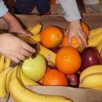 Половин милион ученици ще получат храна у дома
