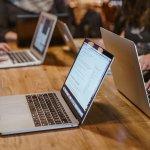 2000 училища получили лаптопи и интерактивни дисплеи