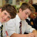 """Разликата между богатите и бедните ученици в Англия """"нараства с 46% за една година"""""""