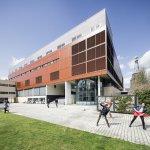Български студенти посетиха виртуално 21 университета