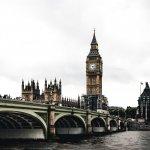 ВЕЛИКОБРИТАНИЯ: Скритата цена на обучението в Англия