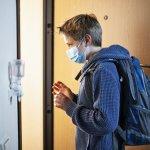 МОН ще съдейства за прибирането на заразените в Австрия ученици в Благоевград