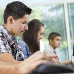 Ще бъдат закупени още над 20 000 устройства на учениците